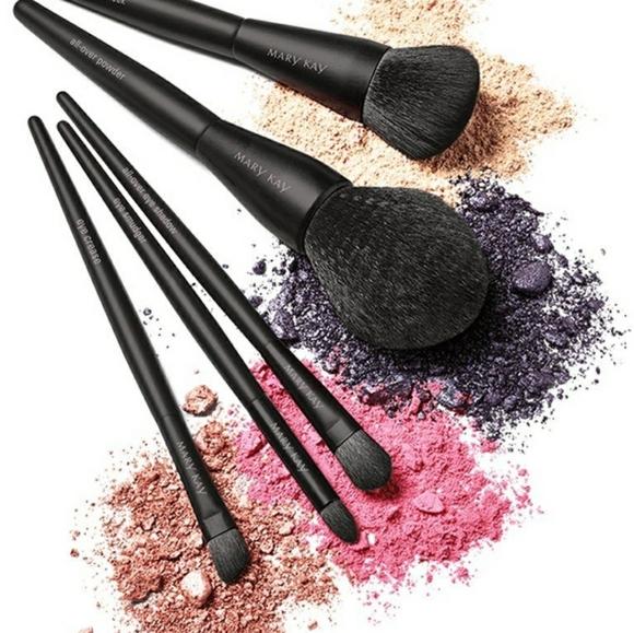 Mary Kay Makeup Brushes Set